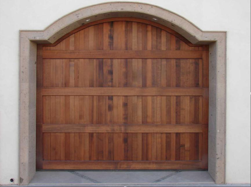 Puerta de madera CHD Colonial by SAGSA Doors and Gates