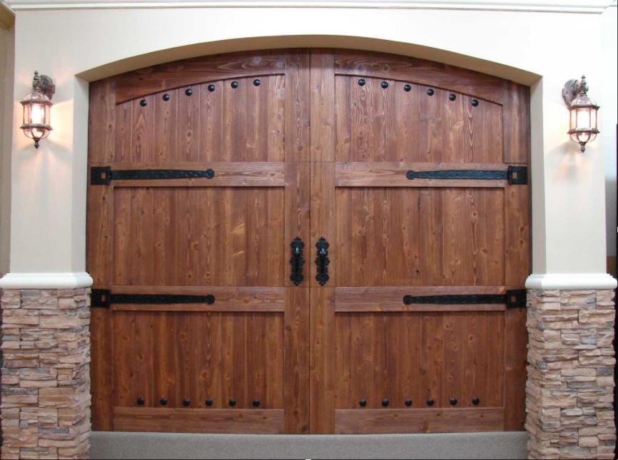 Puertas de Madera Colonial by SAGSA Doors and Gates
